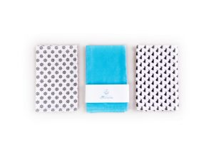 3 reusable table napkins